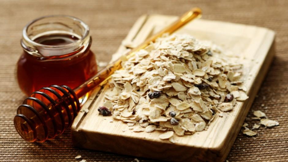 Exfoliante a base de avena y miel